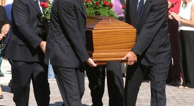 i fiori da scegliere per un funerale